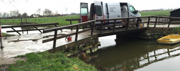 Renovatie brugvleugels te Barsingerhorn.