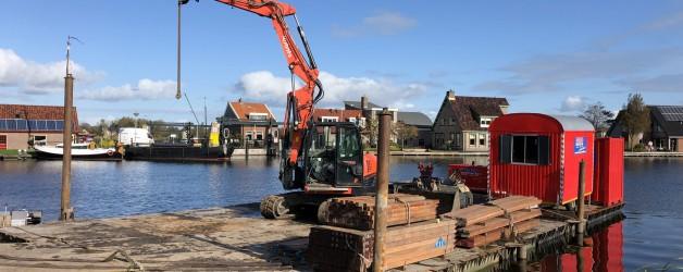 Denzo beschoeiingen gereed te Broek op Langedijk.