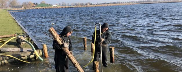 Te water laat plaats renovatie Meer van Dirkshorn.